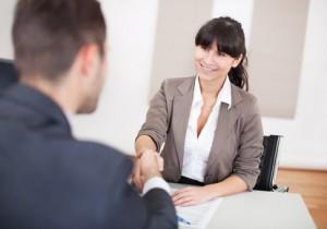 Votre courtier rachat de crédit pour regrouper vos crédits et diminuer le montant de vos mensualités.